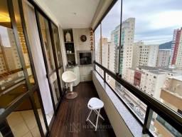 Apartamento Mobiliado com 3 Dormitórios na Quadra do Mar em Balneário Camboriú