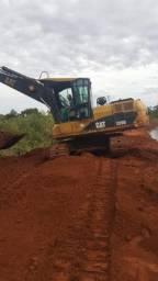 Escavadeira Caterpilar 320 D 2011