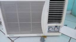Ar condicionado Gree - 10 mil Btus - Só R$ 100 (Baixou! É pra vender !)