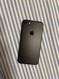 Iphone 7 - 32GB - Preto - Na caixa