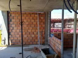 Sou construtor.