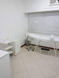 Vendo móveis para a área de estética, fisioterapia ou massoterapia