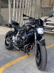 Yamaha MT 07 2016 - Conservada/ Único dono