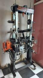 Maquina para consertos de rodas de motos