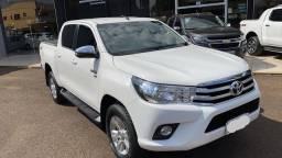 Toyota Hilux flex branca srv 2.7
