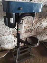 Máquina para triturar sólidos (açaí ou outros)