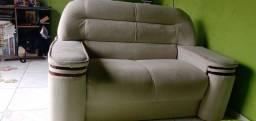 Sofá usado.