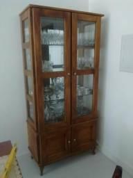 Cristaleira rústica com vidros e espelho