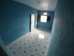 Alugo apartamento Kitnet no Ouro Verde