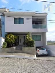 Excelente casa em condomínio alto padrão no bairro da gloria