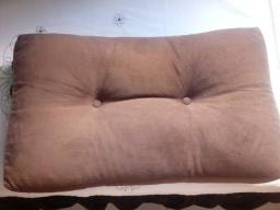 3 almofadas grandes