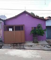 Vendo uma casa no Bairro da Paz