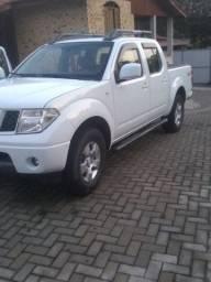 Vendo ou troco Frontier 2012 valor 75.000