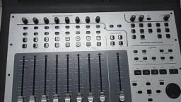 Mesa de Studio M Áudio