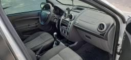 Ford Fiesta Sedan 2014 GNV 1.6
