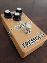 Pedal de Guitarra Tremolo Axcess Giannini