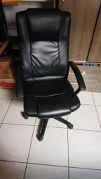 cadeira presidente escritório vendo ou troco por notebook
