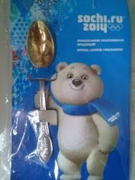Souvenir colher de chá com mascote da Olimpíada