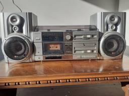 Toca discos antigo Sanyo