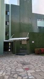 Apartamento com 3 dormitórios para alugar, 70 m² por R$ 1.000,00/mês - Água Fria