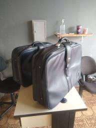 Barato. 2 malas de couro. 100$ as duas