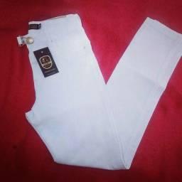 Calça leaojeans branca com laicla