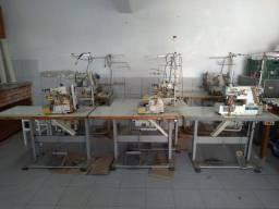 Máquina de costura industrial marca siruba