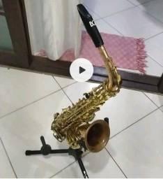 Título do anúncio: Saxofone tenor alto dakapo