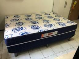 Cama casal Unibox por R$ 450,00