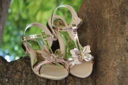 Sandalia Bronze Borboleta Feminina Infantil<br><br>