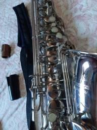 Lindo saxofone