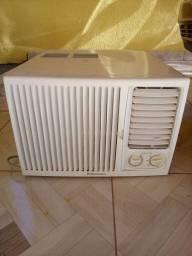 Ar condicionado 7000 Electrolux