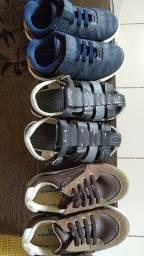 Sapatos com pouco tempo de ulzo