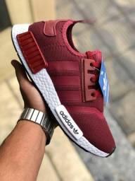 Tênis Adidas Primeira Linha
