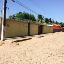 Casa bem localizada em Paracuru (venda urgente)