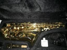 Saxofone Accord novo