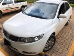 Kia Cerato 1.6 Aut. 4P no boleto - 2011