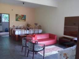 Alugo apartamento mobiliado em São Silvano a 1 KM do Centro