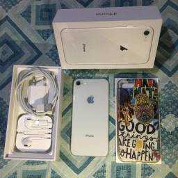 Iphone 8 64g COMPLETO!!!