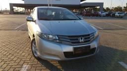 Honda - City LX 1.5 Aut. 2011 (Baixa KM)
