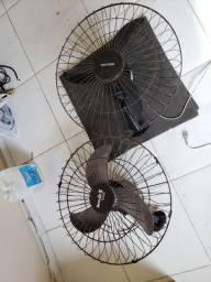 2 ventilador de parede funcionando