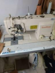 Máquinas de costura profissionais.