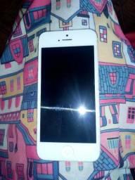 iPhone semi-novo ótimo estado