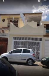 Alugo casa no BAIRRO LIMOEIRO