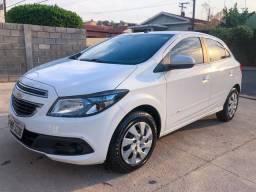 Chevrolet Onix Lt 1.4