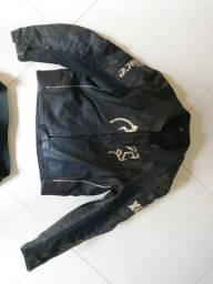Macacão motociclista couro canguru
