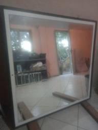 Vendo espelhos com molduras 1mt por 1mt