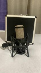 Microfone AKG P220 Condensador Profissional