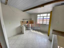 Kitnet com 1 dormitório para alugar, 28m² por R$850/mês - Piratininga - Niterói/RJ - KN001