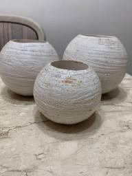 Conjunto de vasos em formato de bolas